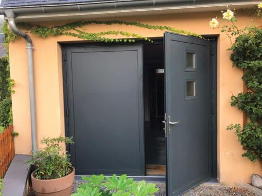 Porte de garage à Esquieze-sere