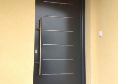 Porte d'entrée à Castelbajac
