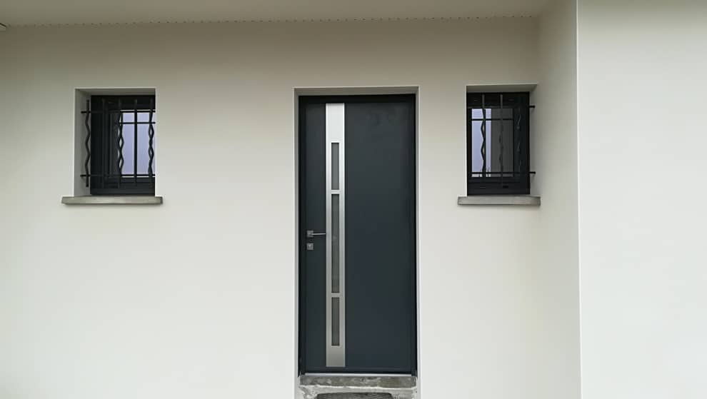 Porte d'entrée en aluminium à Pardies