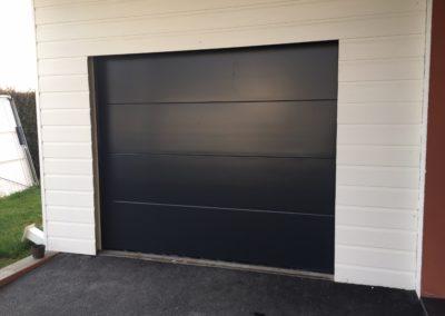 Porte de garage à Asson